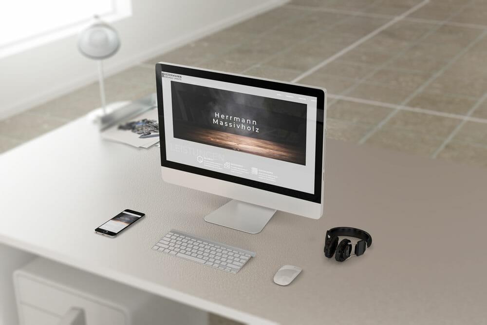 adzurro_referenz_herrmann-massivholz_laptop
